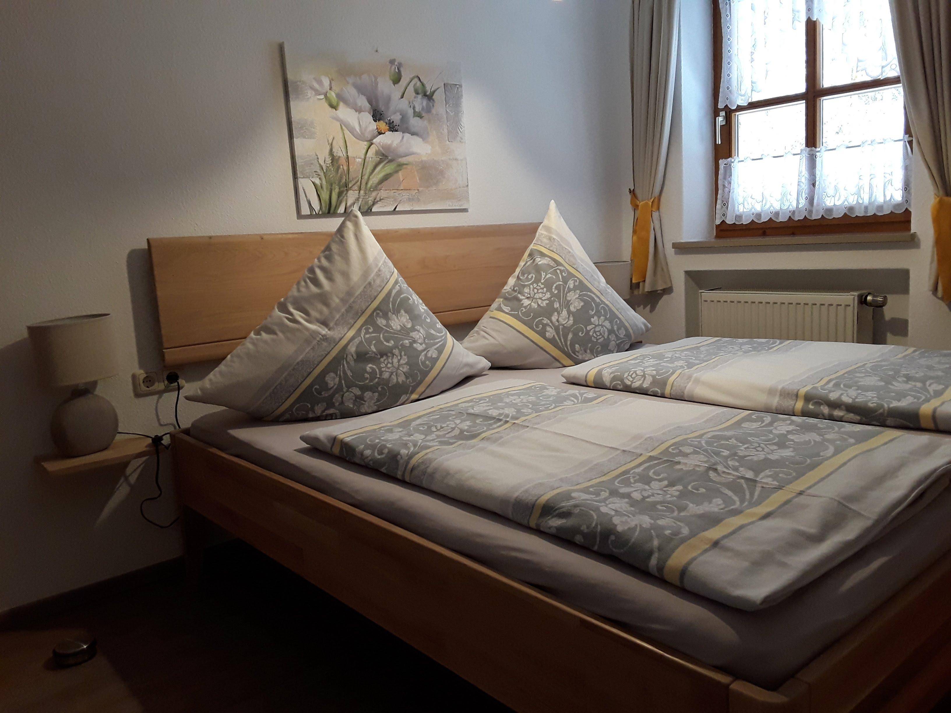 Ferienwohnung Haus Annemarie - Schlafzimmer