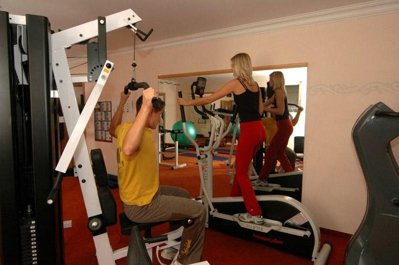 Hotel Reissenlehen OHG - Fitnessraum