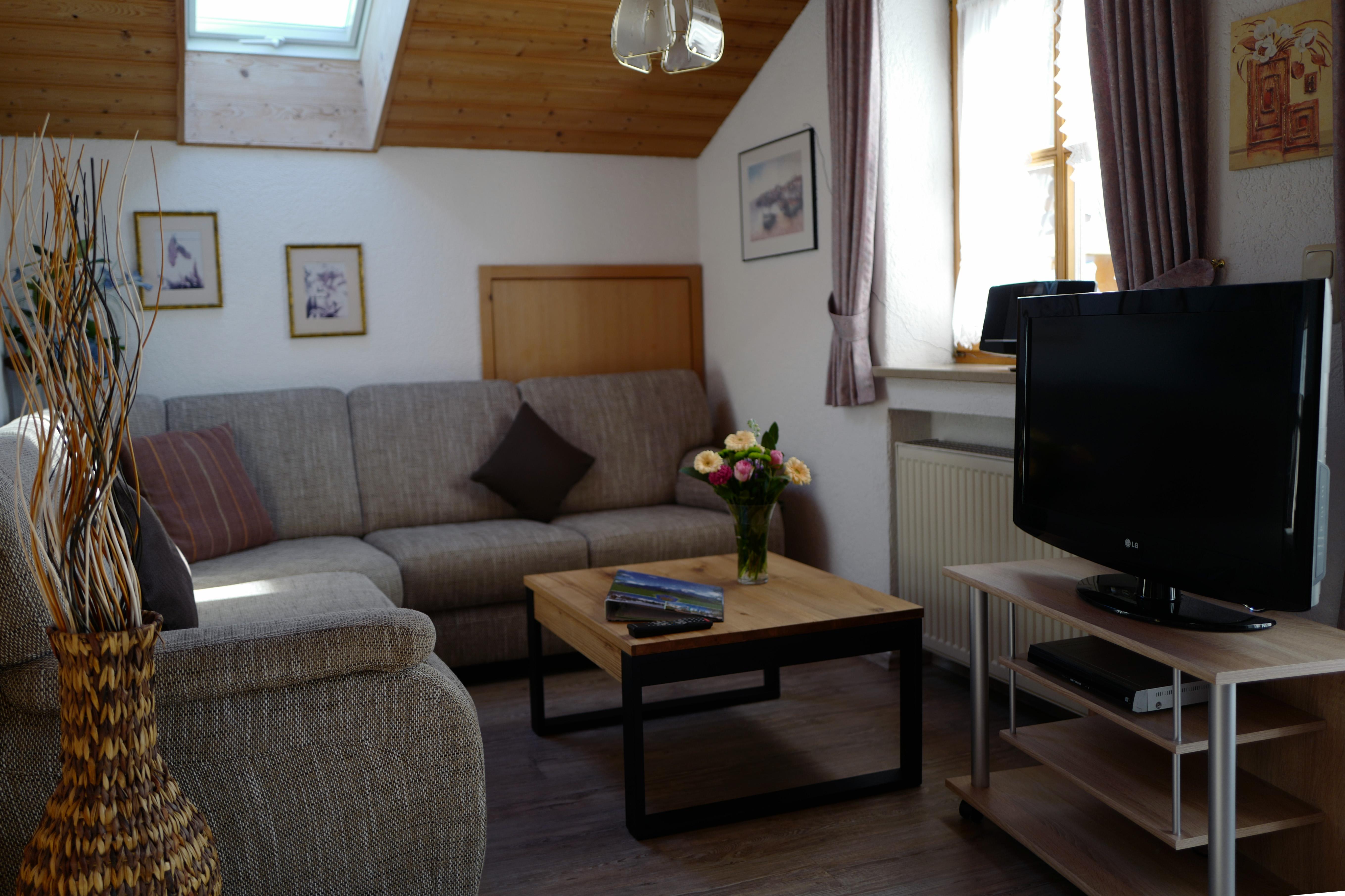 Ferienwohnung Haus Annemarie - Wohnzimmer